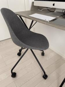 CLASの椅子